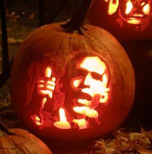 1100295_halloween_barack_obama_pumpkin