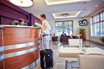 BEST WESTERN Airport Modlin_recepcja.jpg
