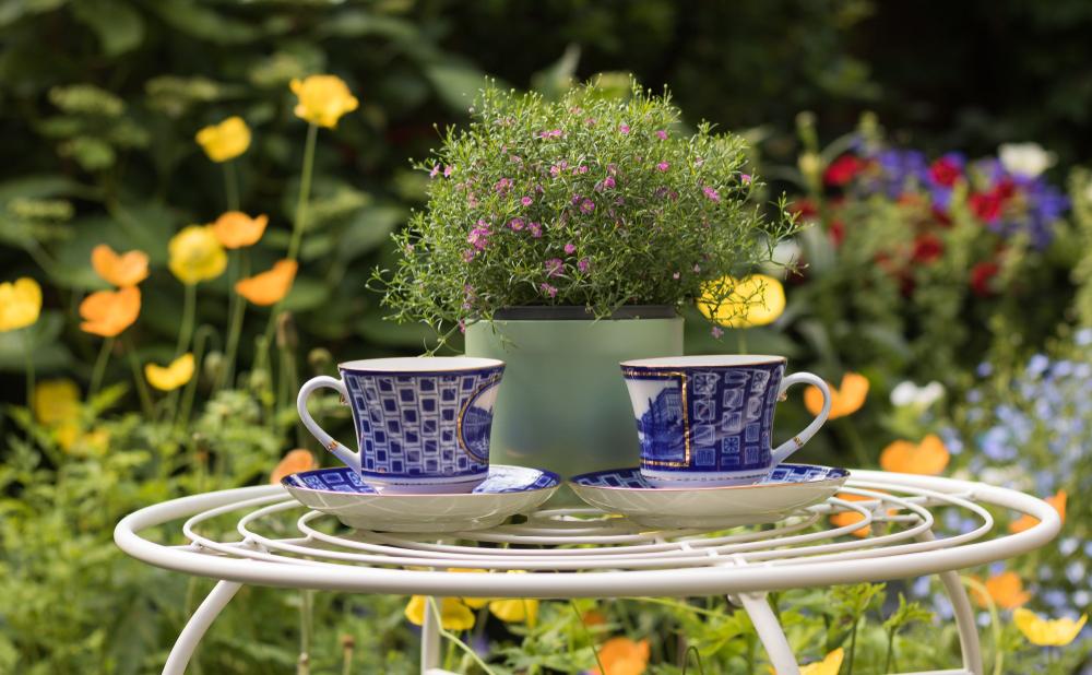 Zatrzymaj się i powąchaj kwiaty. Pięć sposobów na klimatyczną majówkę w Londynie